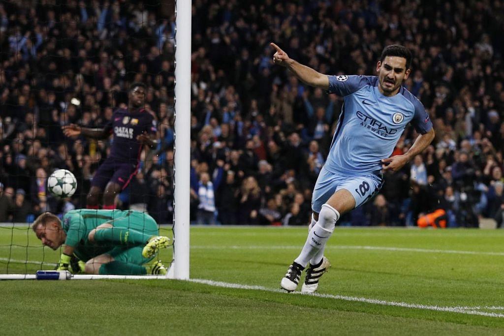 Ilkay Gundogan meraikan kejayaannya menjaringkan gol pertama Manchester City, yang mengalahkan Barcelona 3-1 dalam perlawanan Kumpulan C Liga Juara-Juara di Stadium Etihad pada Selasa (1 Nov).