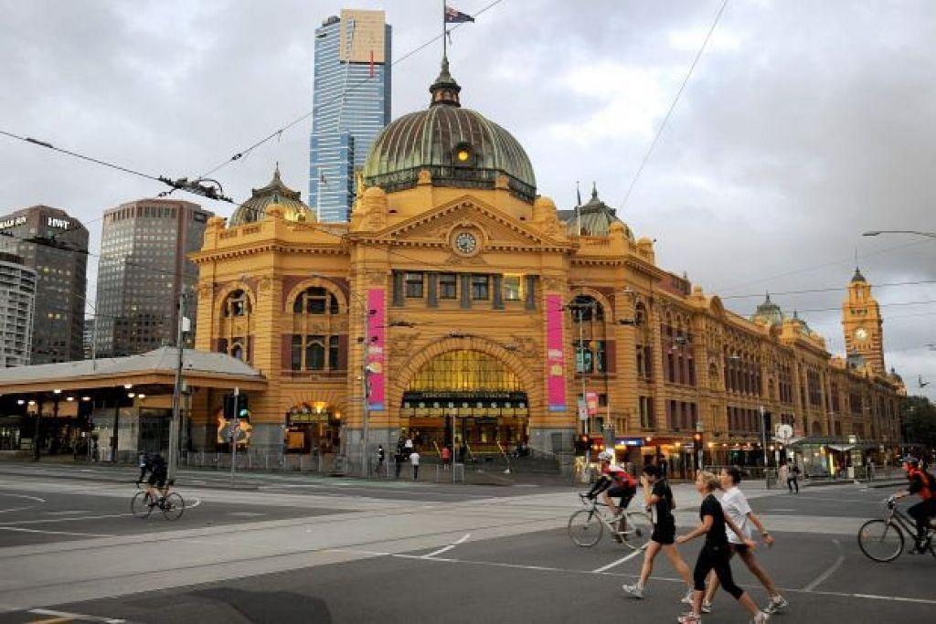ANTARA TUMPUAN: Stesen kereta api di Flinders Street di Melbourne, Australia, merupakan salah satu sasaran pengganas. - Foto AFP