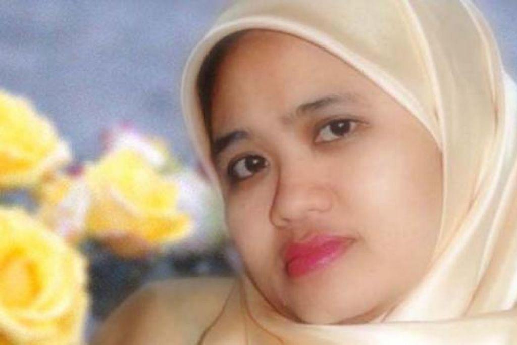 Anah Kasnan atau nama sebenarnya Rozanah Kasnan, adalah Ketua Jabatan Bahasa Ibunda, Guru Bahasa Melayu, Sekolah Menengah Ping Yi.