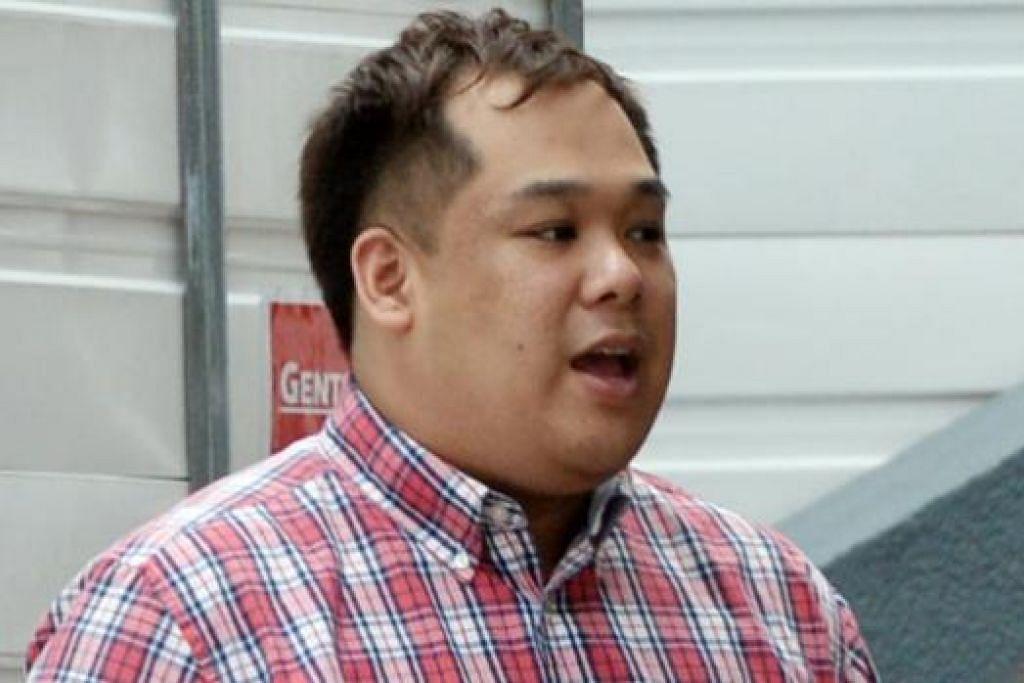 Vincent Ng memeras wang tunai $197,000 dan barangan berharga bernillai $52,000 daripada seorang guru lelaki setelah melakukan hubungan seks dengannya. Gambar THE STRAITS TIMES