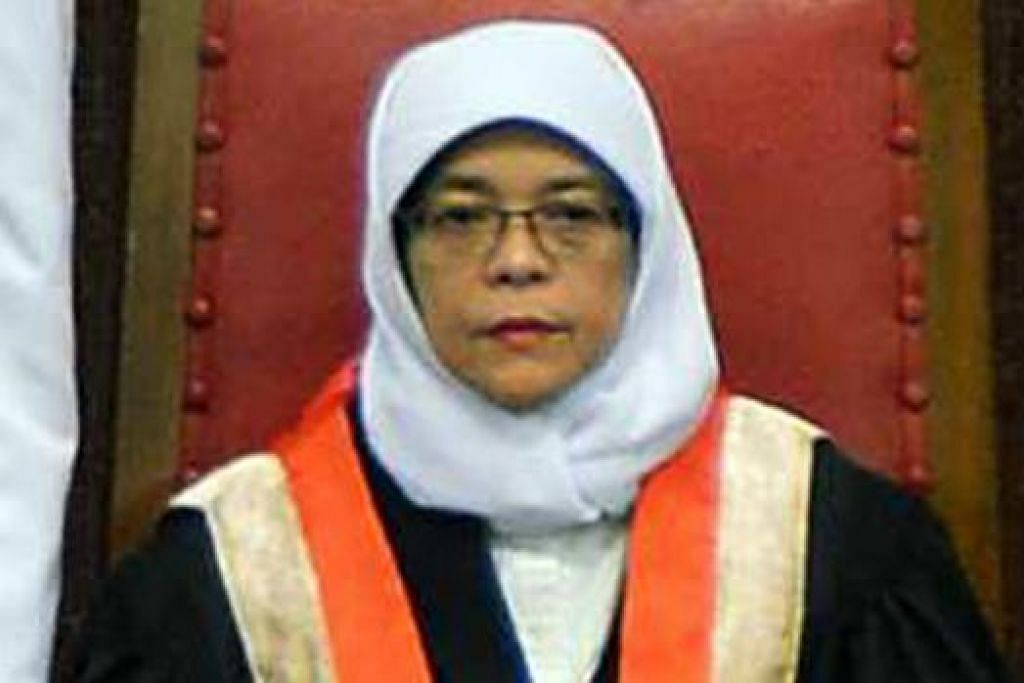 Speaker Parlimen yang dilantik semula, Cik Halimah Yacob.