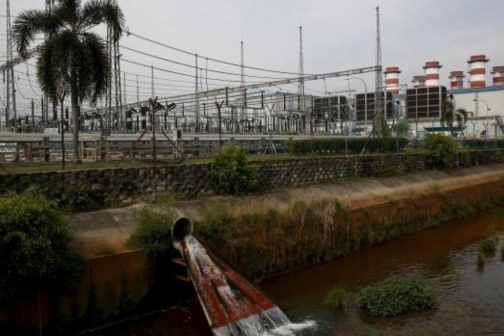 Loji Tenaga Kuala Langat (KLPP), milik 1MDB, di Banting di luar Kuala Lumpur. 1MDB telah bersetuju menjual semua aset tenaganya kepada China General Nuclear Power Corporation (CGN) dan anak syarikatnya pada harga RM 9.83 billion ($2.3 billion). Gambar REUTERS