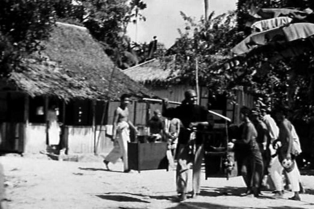 TEMPAT 'PONTIANAK' BERSARANG: Trilogi filem 'Pontianak' sebahagiannya dirakam di sekitar kampung Siglap, Padang Terbakar dan Tanah Merah, semuanya terletak di sepanjang East Coast tetapi jentolak telah memusnahkan rumah-rumah di Kampong Siglap ini sekitar akhir 1986. - Foto-foto CATHAY-KERIS