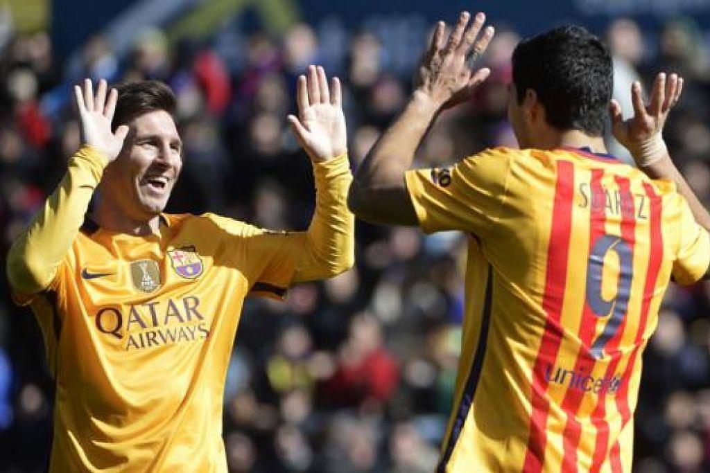 TETAP HEBAT: Walau beraksi tanpa Lionel Messi (kiri) dan Luis Suarez, Barcelona tetap memelihara rekod tanpa kalah dan mara ke final Copa del Rey. - Foto AFP