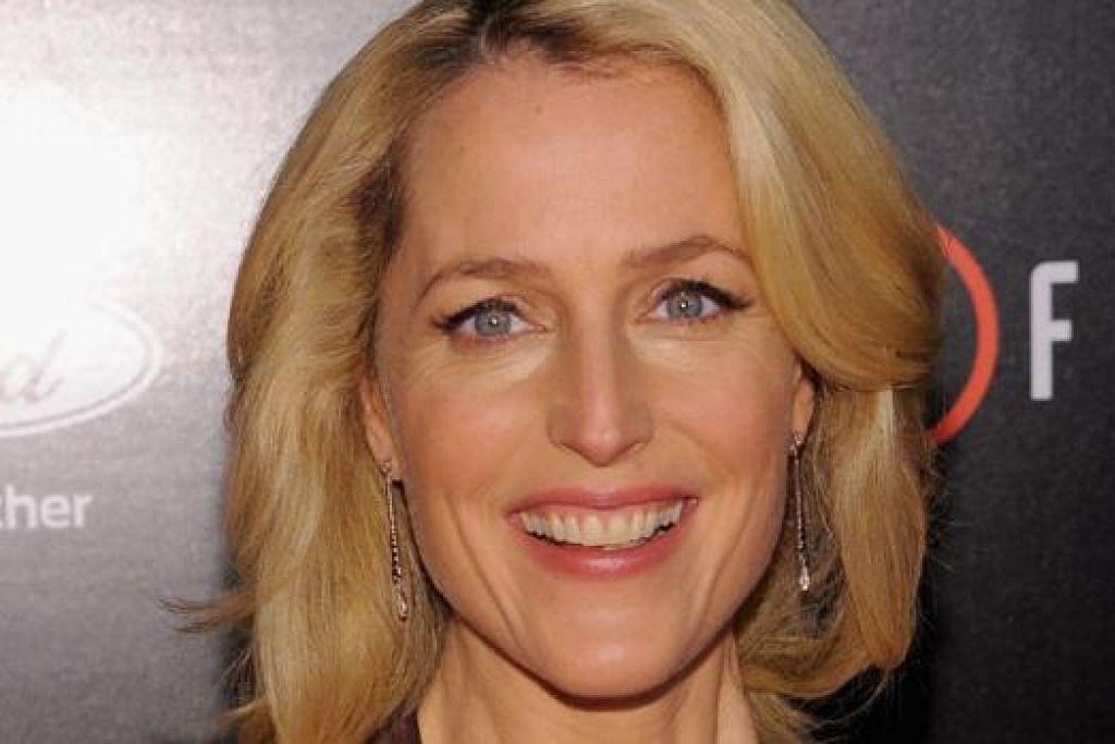 NAMA TERUS HARUM: Gillian Anderson akan berlakon sebagai pelayan Russia dalam filem 'War & Peace', selain terus memegang watak sebagai Dana Scully dalam siri 'The X-Files' musim terbaru. - Foto REUTERS