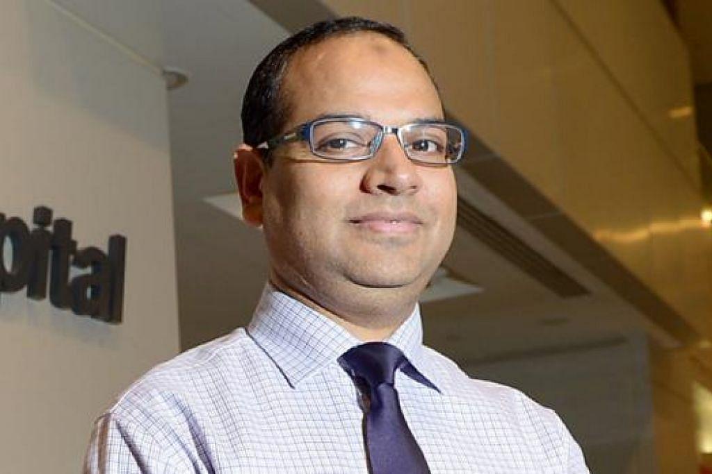 DR MOHAMMED TAUQEER AHMAD: Ambil berat soal keselesaan pesakit semasa menjalani rawatan.
