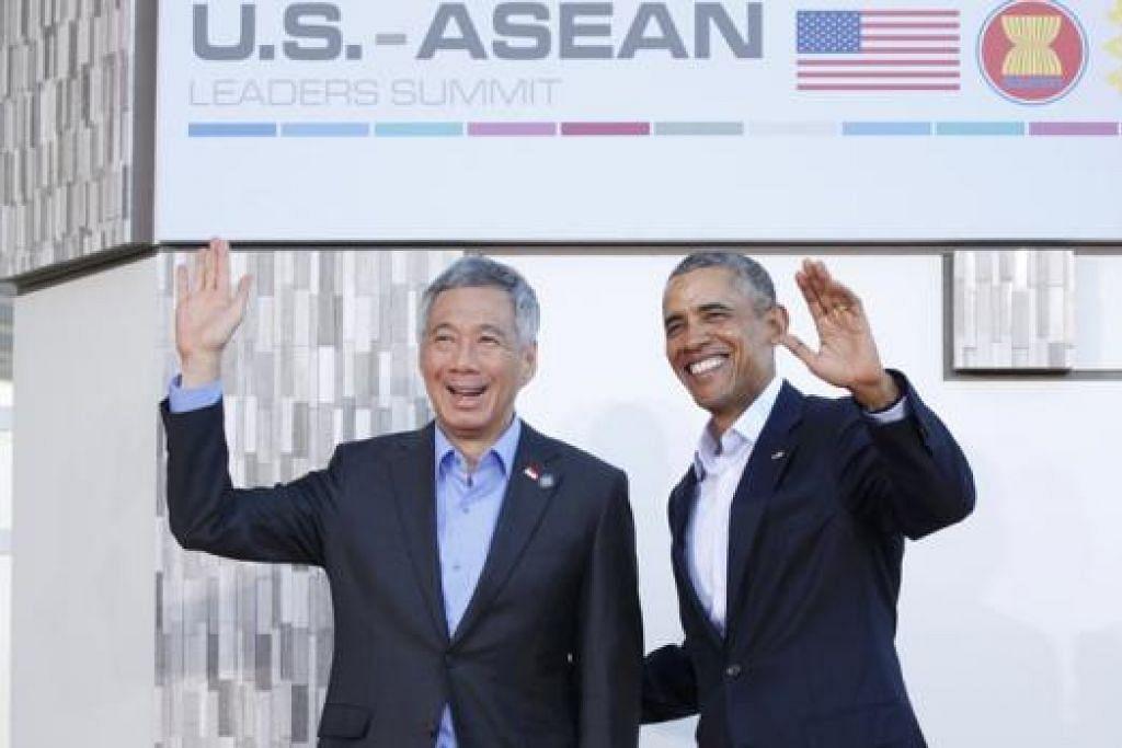 SIDANG PUNCAK AMERIKA-ASEAN: Encik Lee Hsien Loong bersama Encik Barack Obama di Sidang Puncak Amerika-Asean di Sunnylands, California. - Foto REUTERS