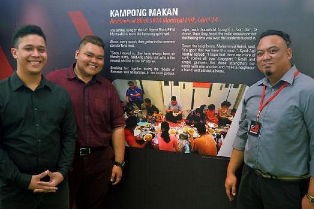 KAMPONG MAKAN: (Dari kiri) Encik Jasem Rif'at Arriola, Encik Muhd Ruzaini Zainal dan Encik Syed Agil Syed Ali merupakan antara jiran tetangga yang memeriahkan sesi makan bulanan di koridor rumah mereka di Sembawang. - Foto KHALID BABA