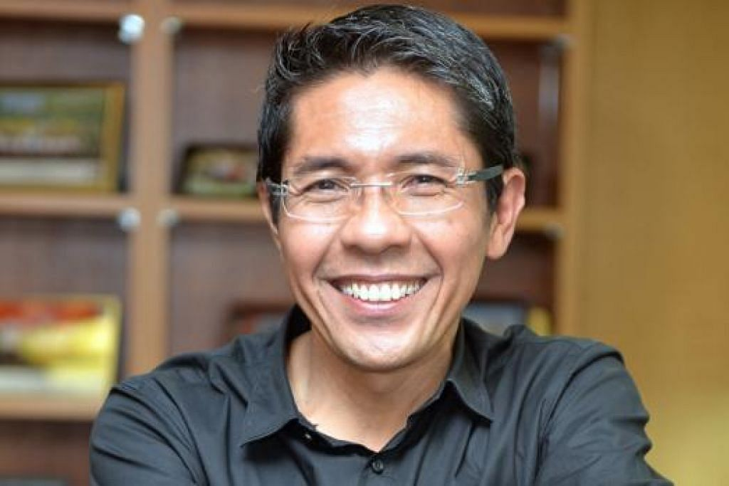 DR MALIKI: Harap masyarakat Melayu/Islam dapat terus menyumbang kepada pembangunan Singapura. - Foto-foto M.O. SALLEH