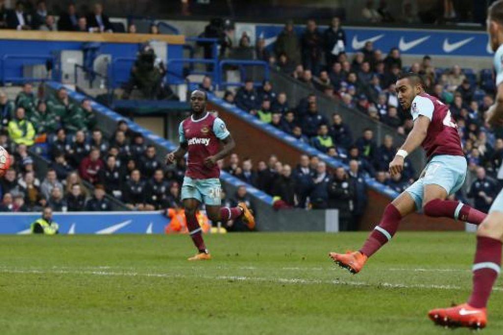 Dimitri Payet menjaringkan dua gol apabila West Ham mengalahkan Blackburn Rovers 5-1 dalam perlawanan pjusingan kelima Piala FA di Ewood Park pada Ahad (21 Feb). Gambar REUTERS