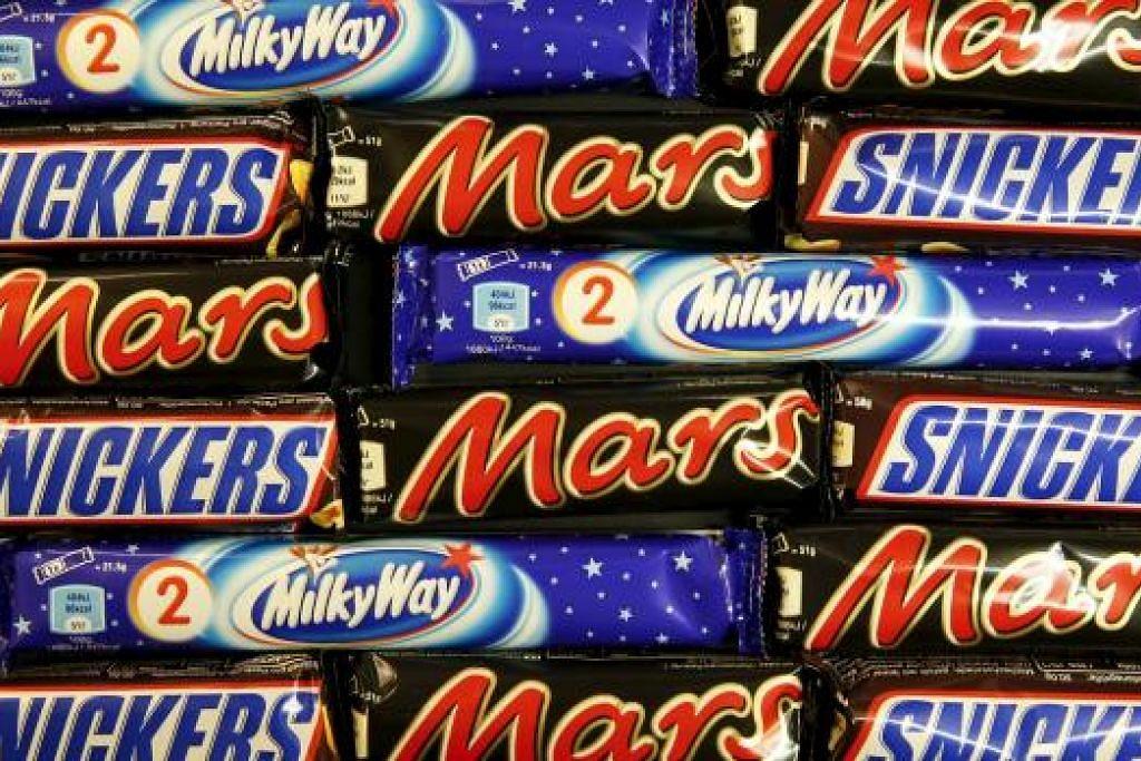 Produk coklat Mars terjejas ialah Snickers, Mars, Milky Way dan Celebrations yang dibuat antara 5 Disember hingga 18 Januari lalu di kilang syarikat itu di Belanda, yang berlabel 'Mars Netherlands'. Gambar REUTERS