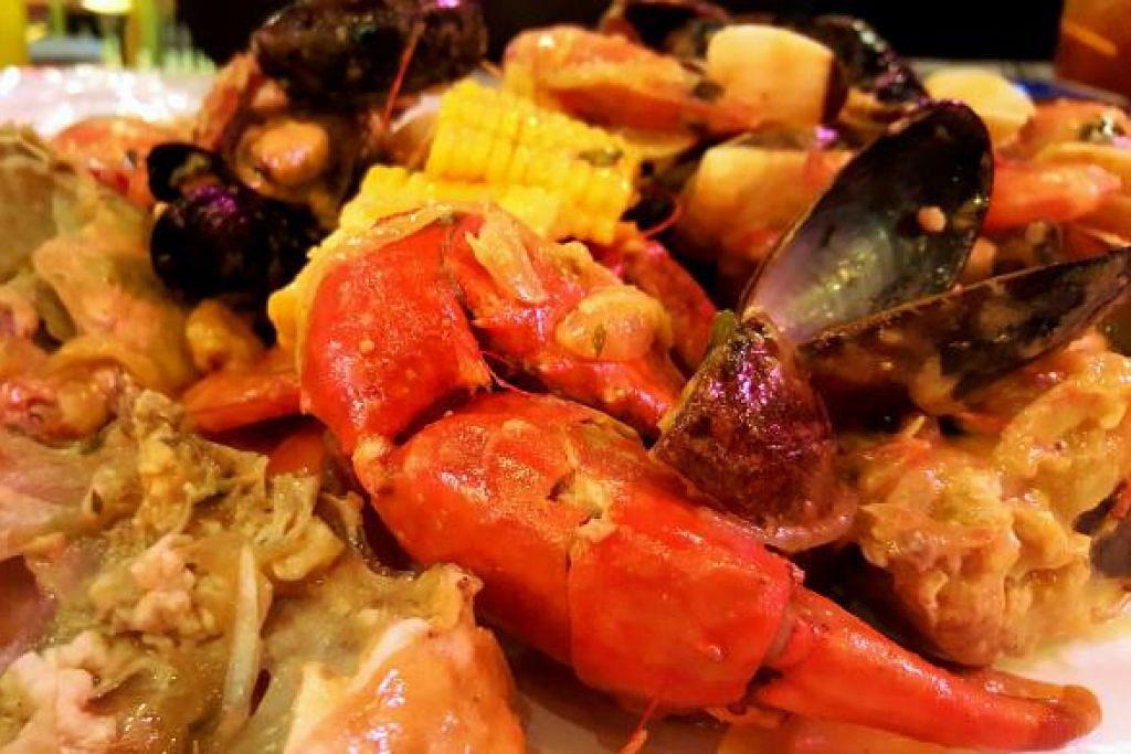 MARKAH KAPOW Konsep hidangan makanan laut yang 'hip dan cool'