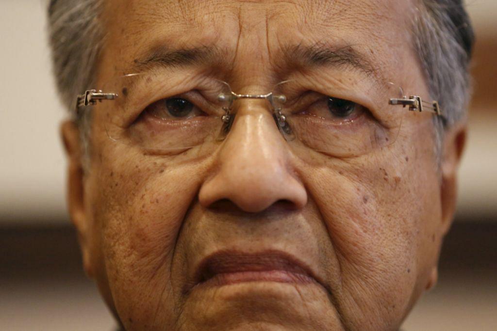 Mahathir bertegas tidak sertai pembangkang