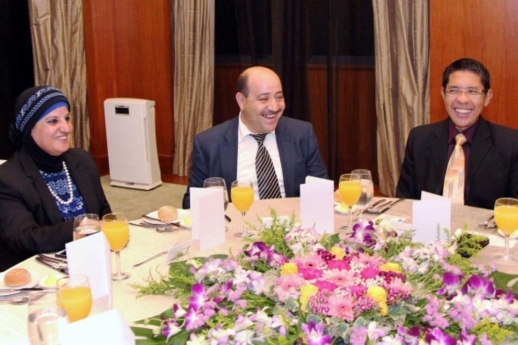 Maliki hos jamuan bagi menteri Palestin