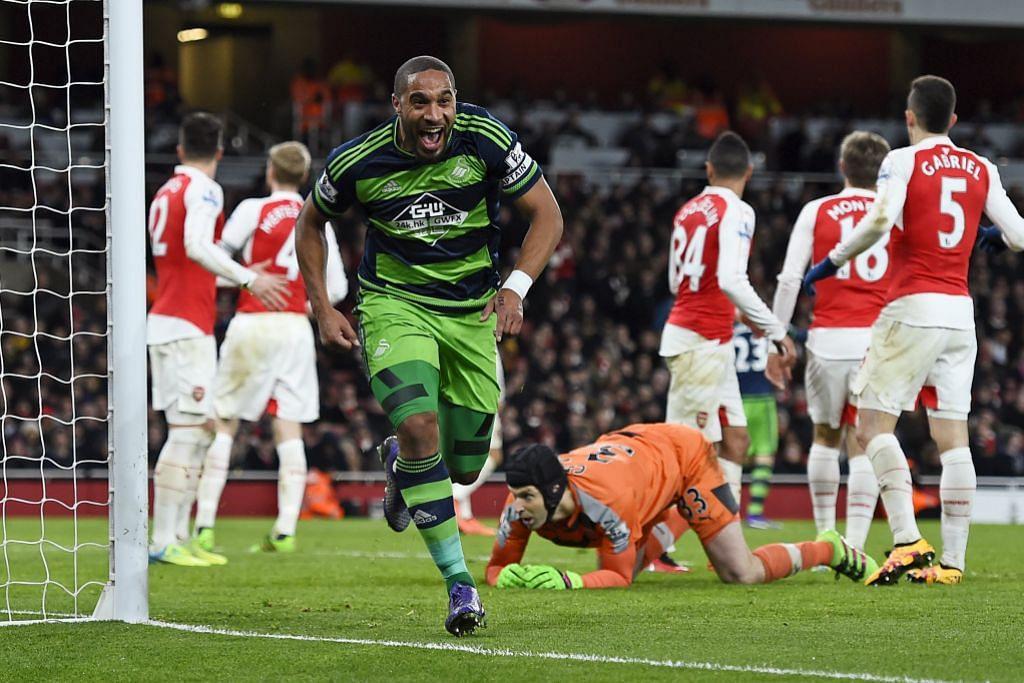 LIGA PERDANA ENGLAND 'Kelebihan' pada Leicester selepas tiga pesaing utama kalah