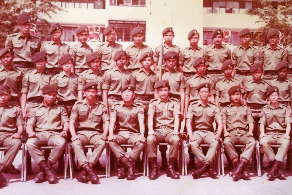 Askar Melayu bersatu semula