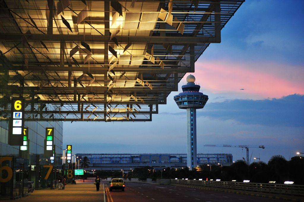 Changi timbang bina menara kawal trafik udara kedua