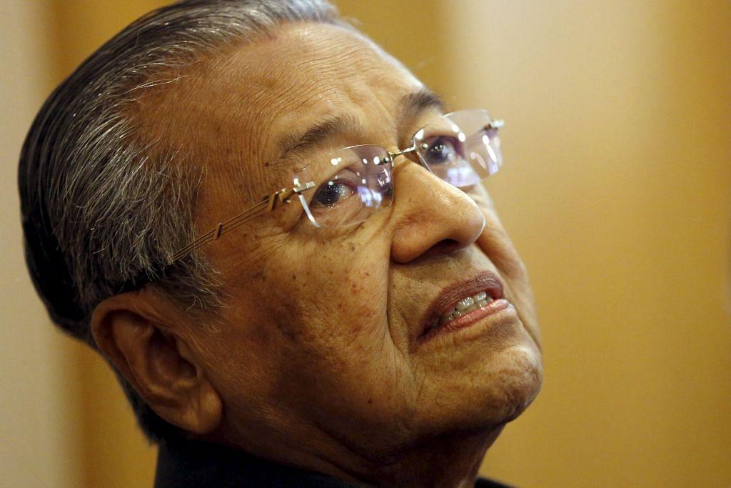 Mahathir hilang jawatan penasihat di Petronas