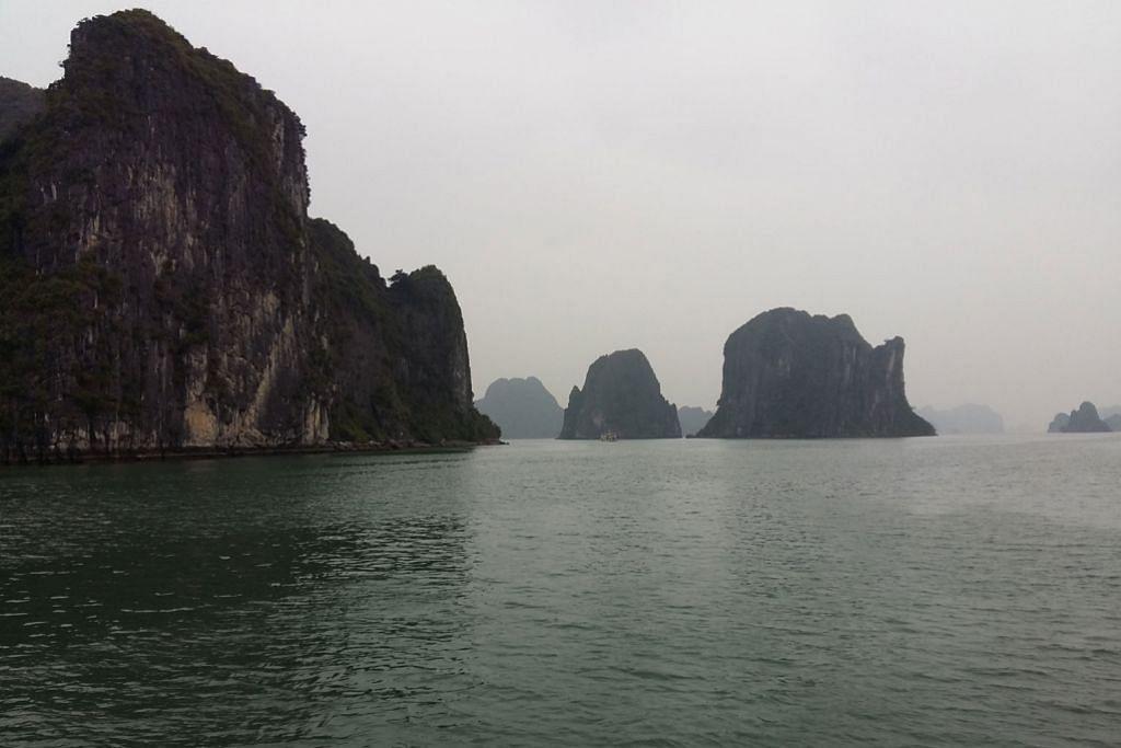 Ha Long Bay memikat sukma