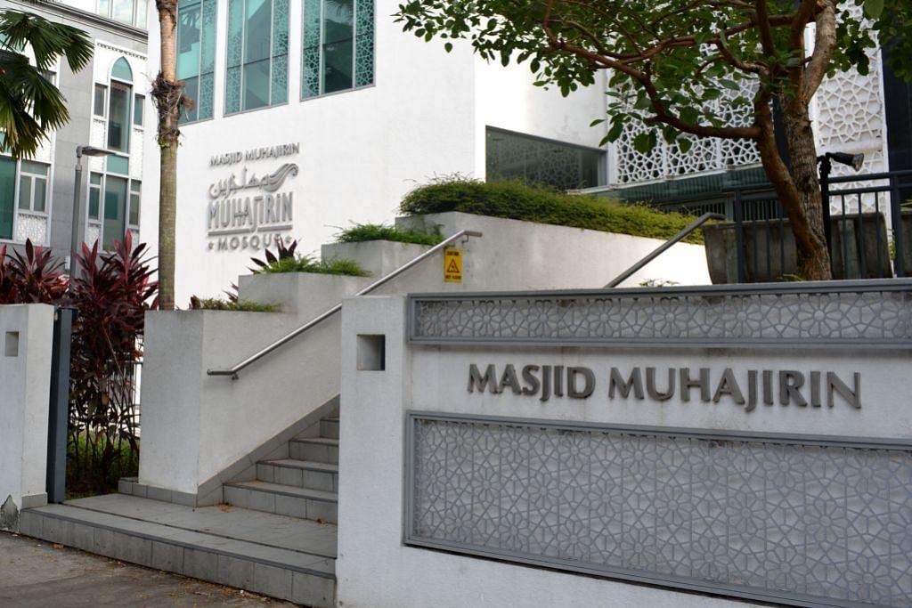 DANA BINA MASJID: Ekoran memahami keperluan masyarakat Melayu/Islam, mendiang Encik Lee turut menyokong pembentukan Dana Pembinaan Masjid yang membolehkan sebahagian wang gaji pekerja disalurkan ke dalam dana itu. Selain daripada itu, beliau juga mengusulkan pembentukan Mendaki bagi menangani masalah pendidikan masyarakat Melayu.