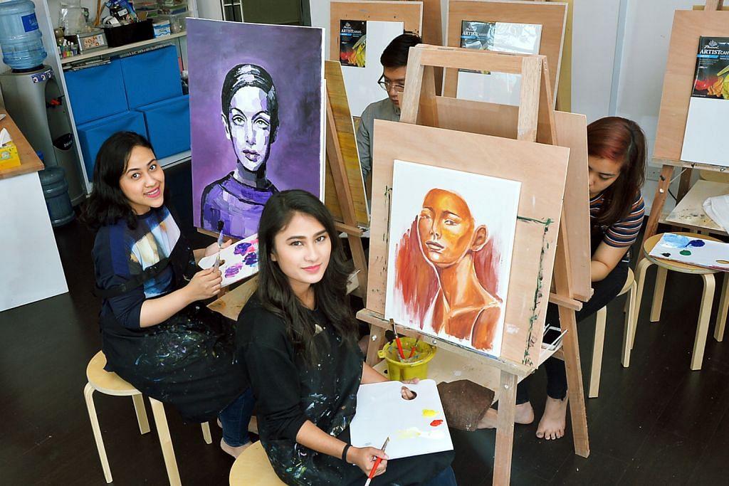 Sesi lukisan terbuka sedia peluang curah emosi pada kanvas