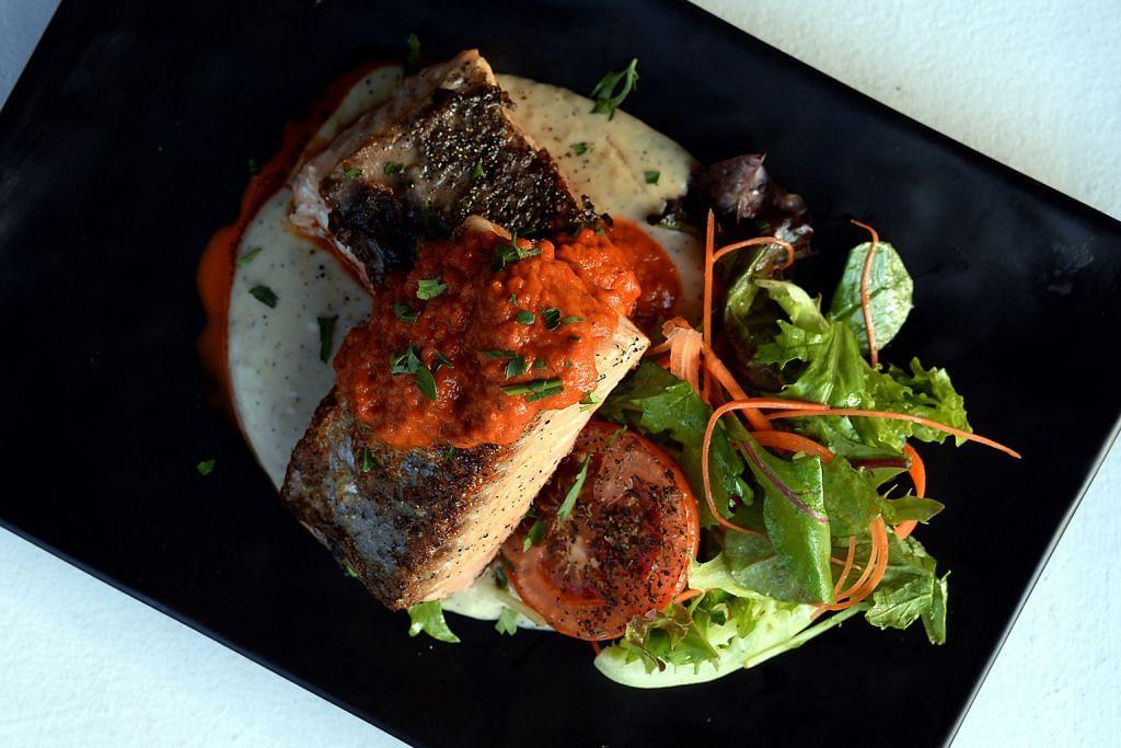 Salmon Khan tampan dan enak