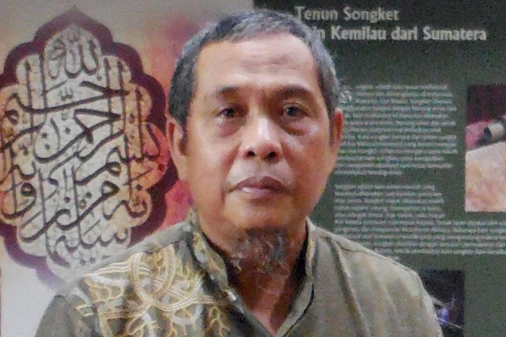 Anak Riau berpuisi tentang jati diri Melayu ULASAN BUKU