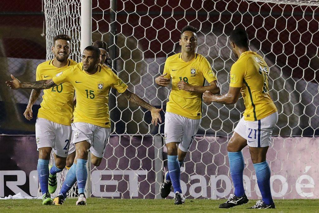 KELAYAKAN PIALA DUNIA Gol Alves selamatkan Brazil, Messi cemerlang untuk Argentina