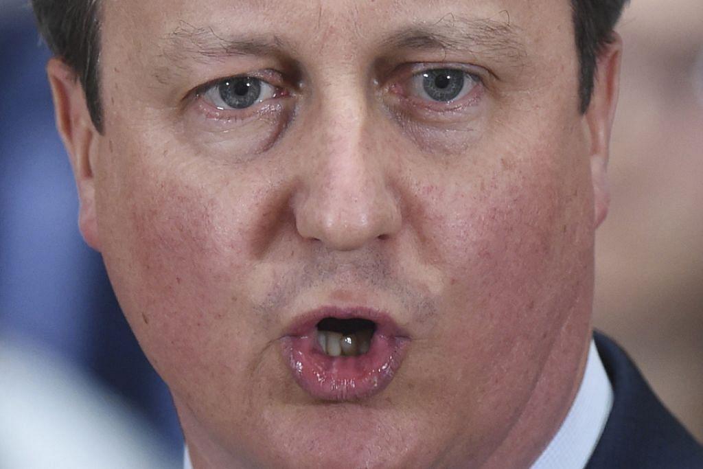 Cameron dakwa jual saham 4 bulan sebelum jadi PM Britain