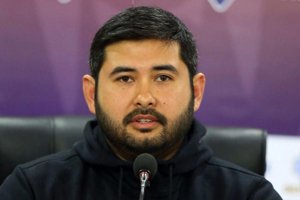 Tengku Mahkota Johor cabar adakan debat prestasi bola sepak M'sia