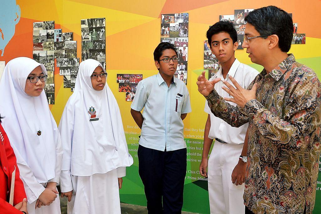 RI, Al-Maarif juara pertandingan terjemahan Inggeris-Melayu