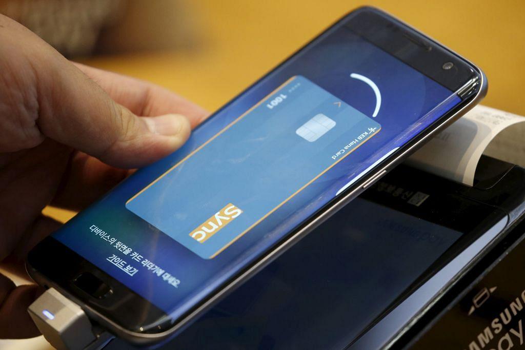 'Samsung Pay' susul khidmat bayaran guna telefon bimbit