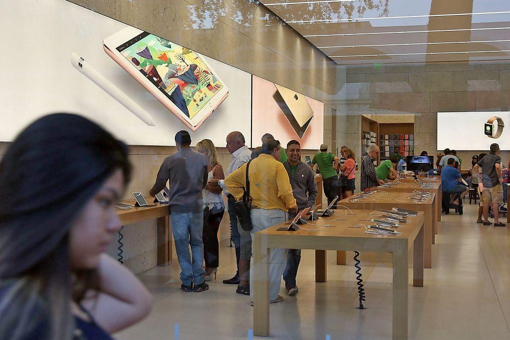 Jualan iPhone merosot, Laba Apple berkurangan