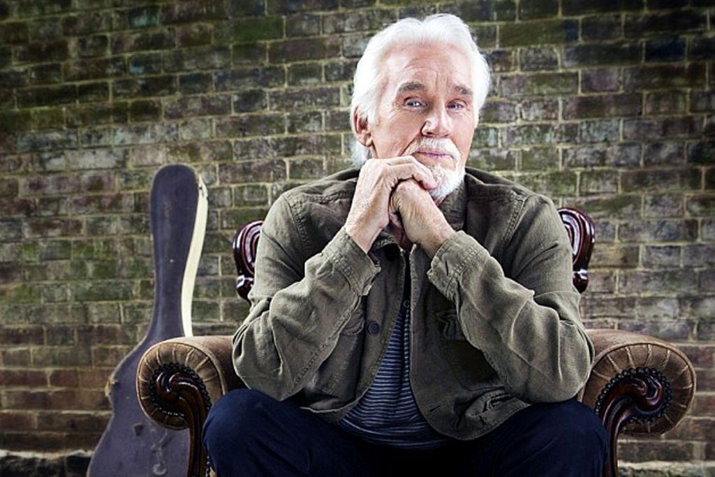 Rogers 'mendodoi' peminat dalam siri konsert terakhir