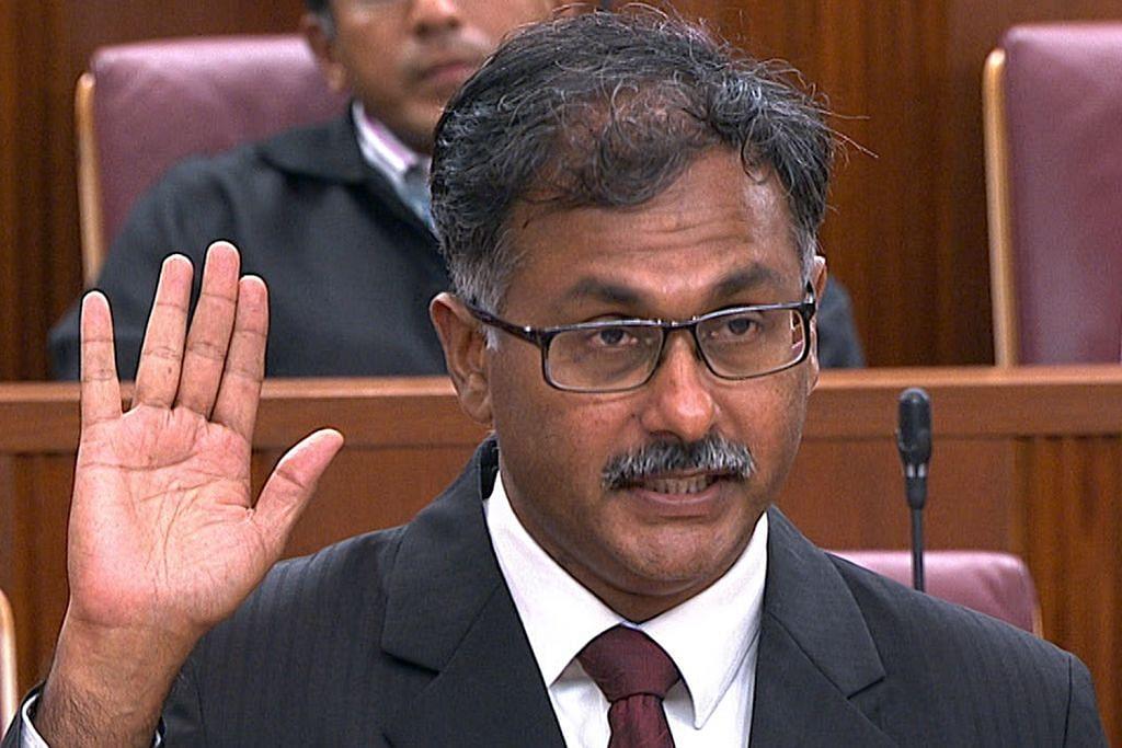 Murali angkat sumpah di Parlimen