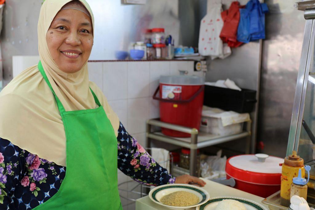 Jual nasi 'comot' kerana prihatin dengan kesihatan pelanggan