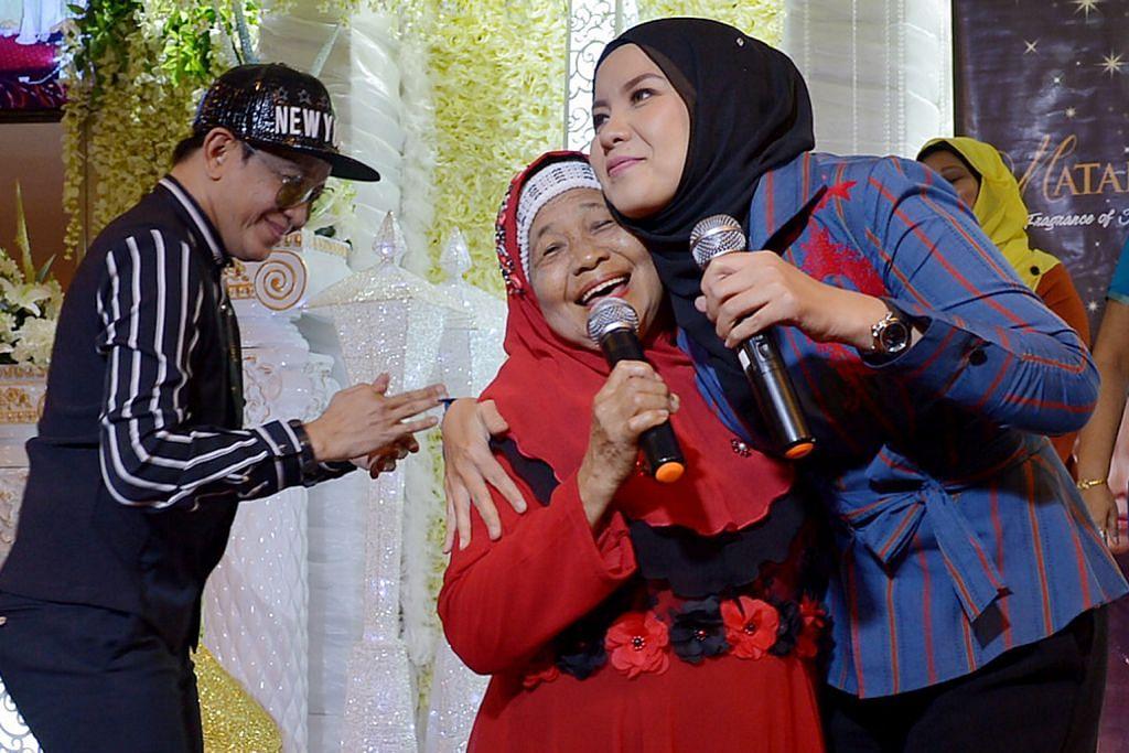 Sheila Rusly 'ketuk' pintu hati ibu di Singapura