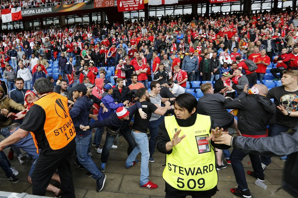 Pergaduhan penyokong Liverpool, Sevilla tercetus sebelum final