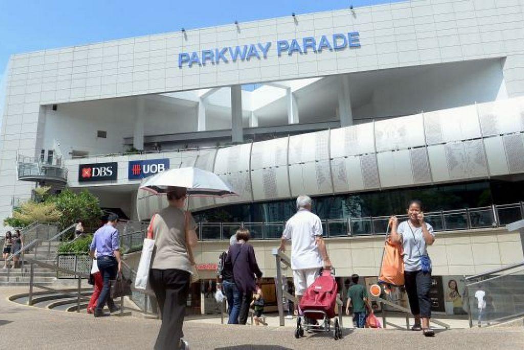 Pusat beli-belah Parkway Parade dibuka semula lepas insiden terbakar