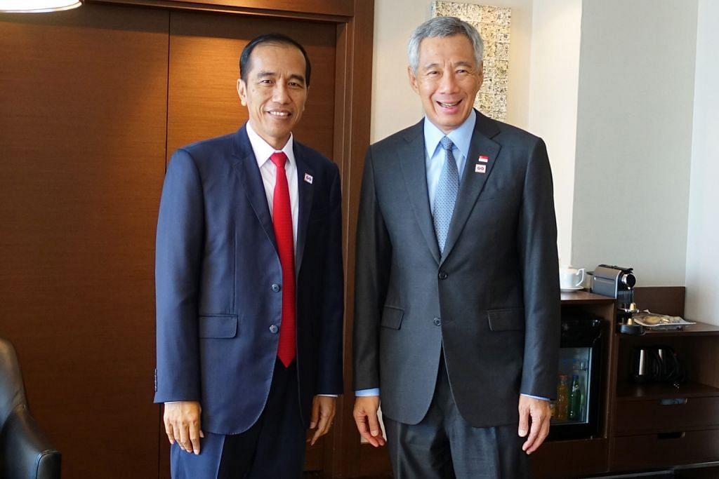 PM Lee, Presiden Jokowi bertemu di Sochi