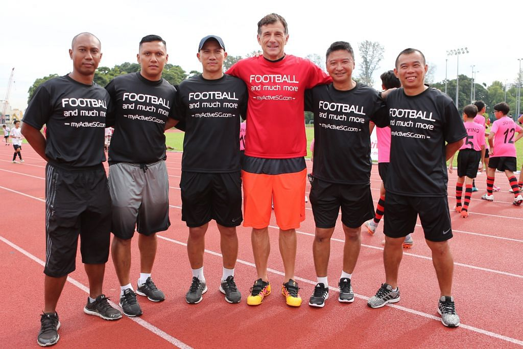 Lima ketua jurulatih terajui Akademi Bola Sepak ActiveSG