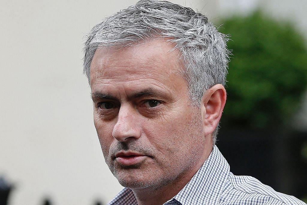 Mourinho di MU terus dapat reaksi berbeza