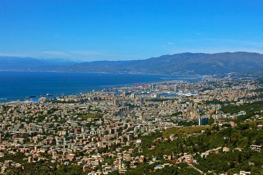 Jelajah bandar bersejarah Genoa dan naik Gunung Titlis