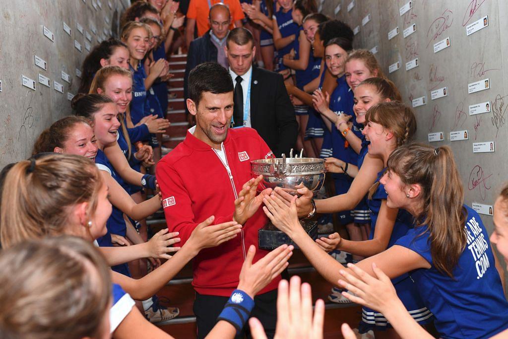 Djokovic akhirnya julang mahkota Terbuka Perancis TENIS