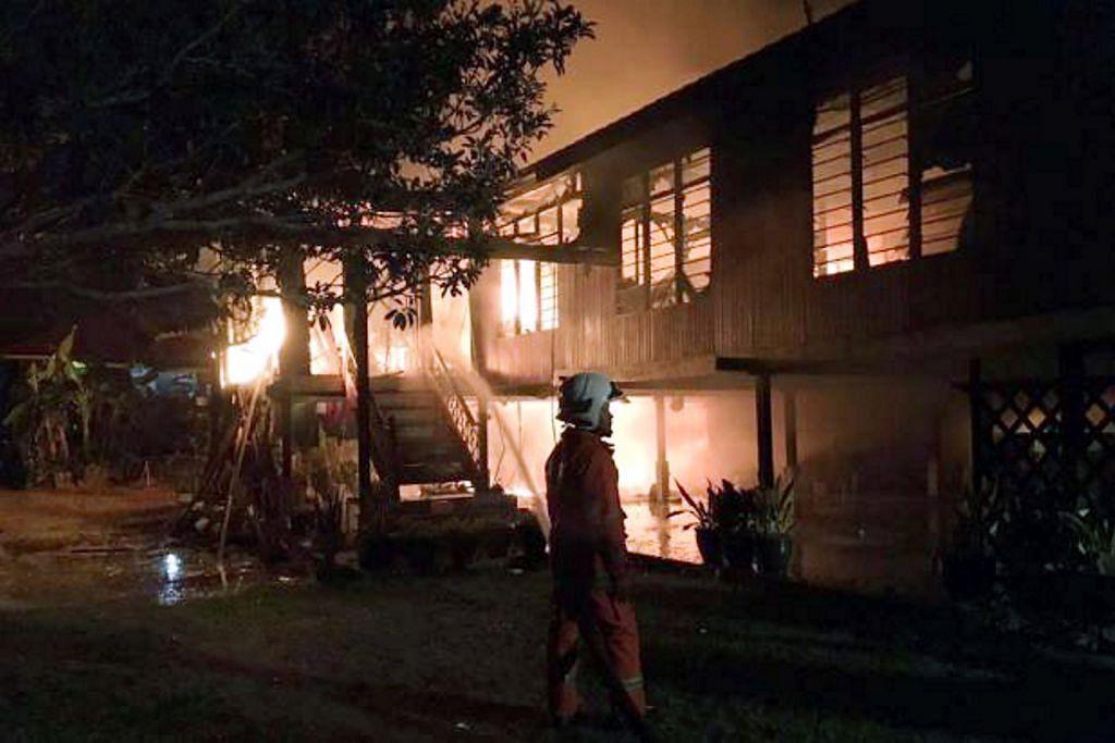 Rumah terbakar di ambang Ramadan