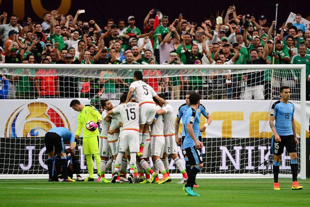 Penganjur main lagu kebangsaan Chile buat Uruguay