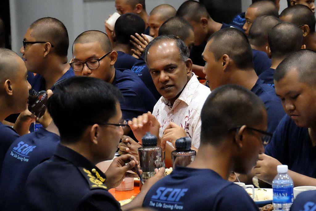 Shanmugam sertai rekrut SCDF bersahur