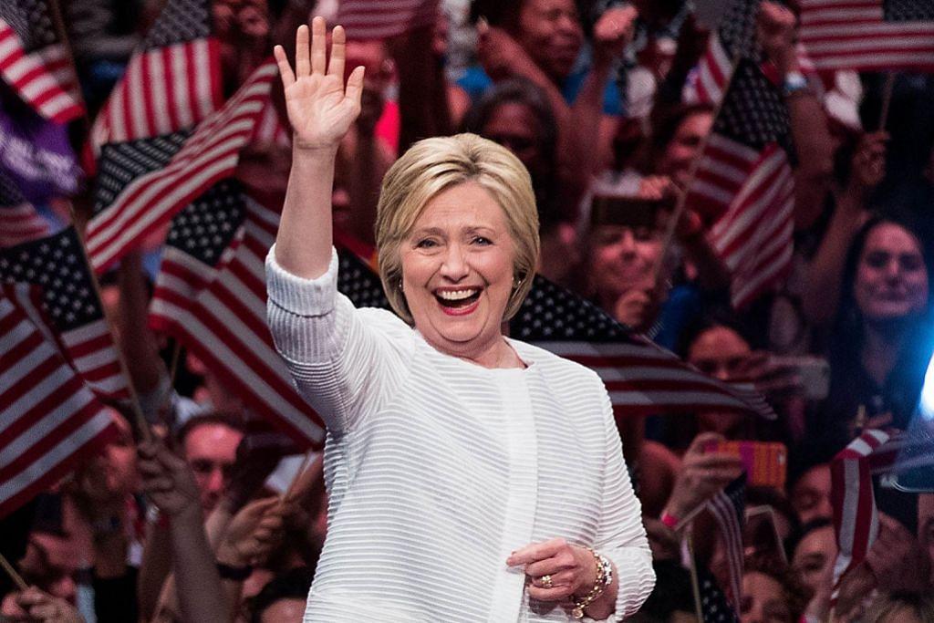 Clinton calon wanita pertama Demokrat PENCALONAN PILIHAN RAYA PRESIDEN AMERIKA SYARIKAT