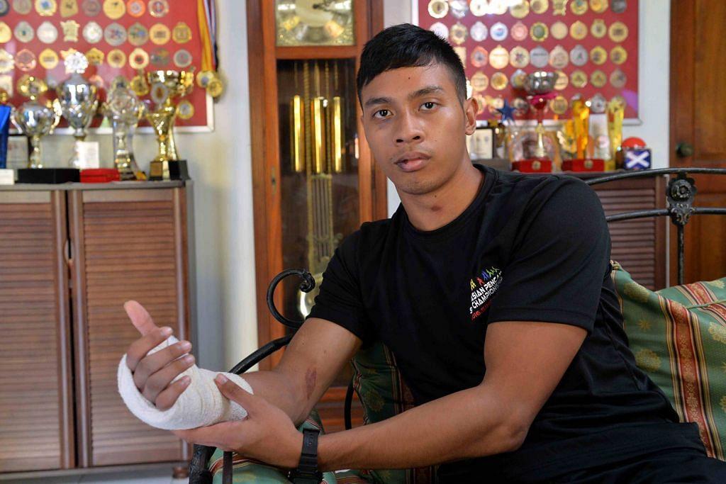 Walau tulang tangan retak, cedera di muka, Nur Alfian upaya tundukkan juara dunia PEMENANG PINGAT EMAS DI KEJOHANAN PENCAK SILAT ASIA KE-2