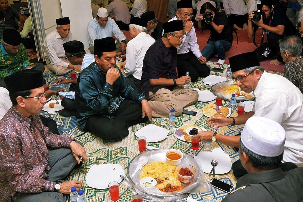 Pemimpin hadiri iftar Muis